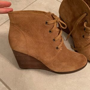 Lucky Brand suede wedge boots. 7.5